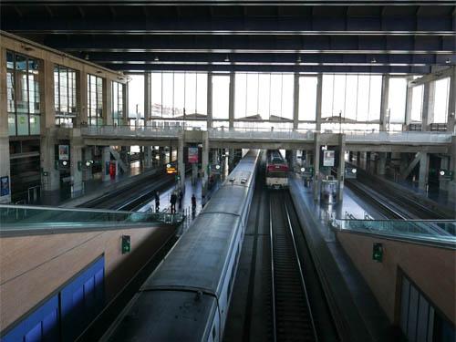 コルドバ駅に到着