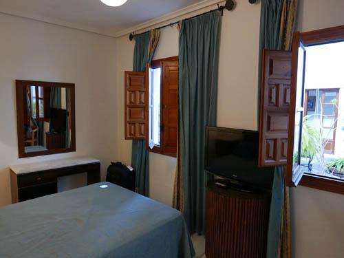 Hotel Maestre(ホテル マエストレ)