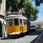 リスボン 路面電車の走る風景