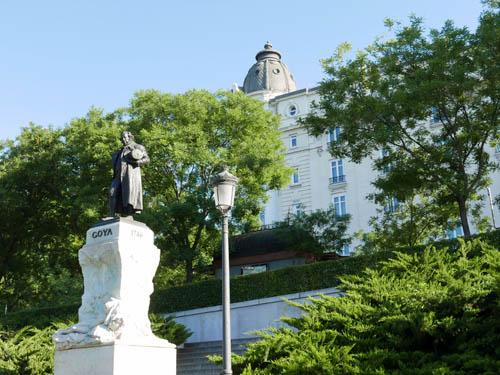 プラド美術館 ゴヤの像