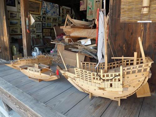 千石船とおちょろ船