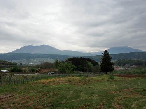 飯綱山と黒姫山