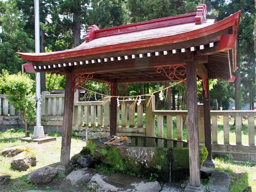 賀茂神社の湧き水