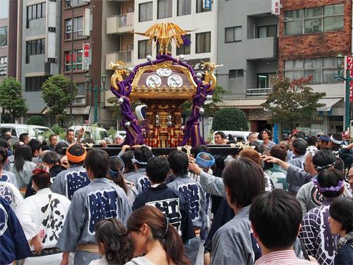 巣鴨の祭り