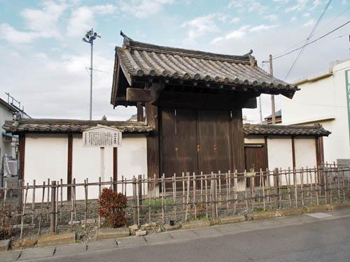 本庄北本陣の門