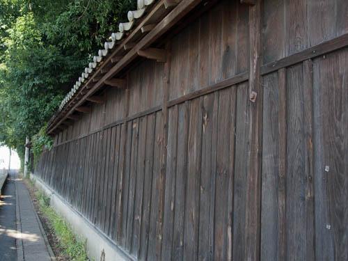 紅花問屋・須田家の板塀