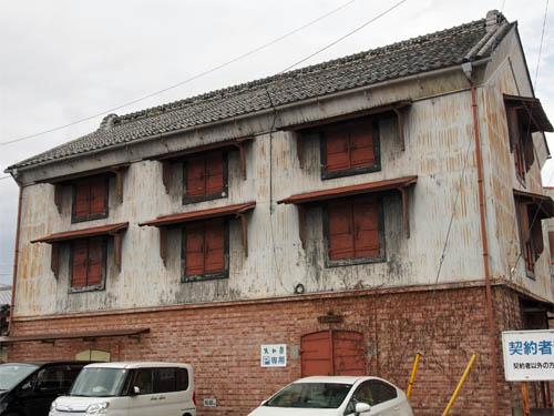 3階建ての蔵