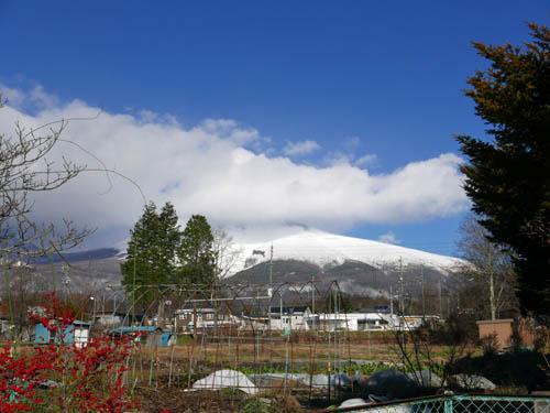 新雪の浅間山