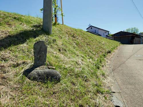 茂田井への道