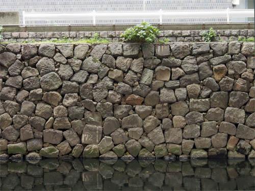 雉子橋付近の石垣