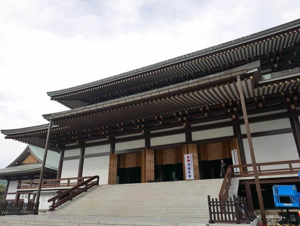 成田山大本堂