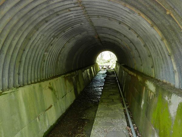 パイプトンネル
