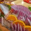 バドミントン合宿 刺身舟盛りと金目の煮付けで盛り上がる!