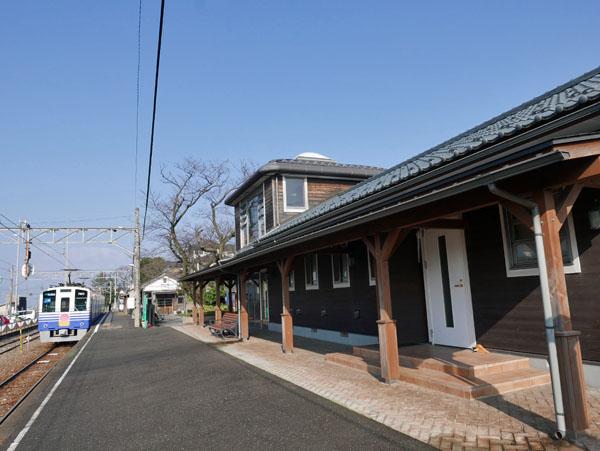 三国湊港駅