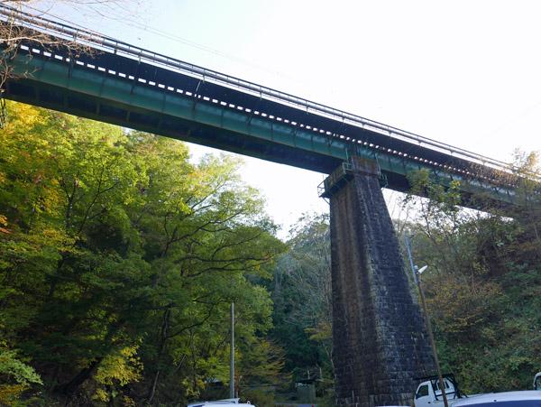 中央西線高架橋