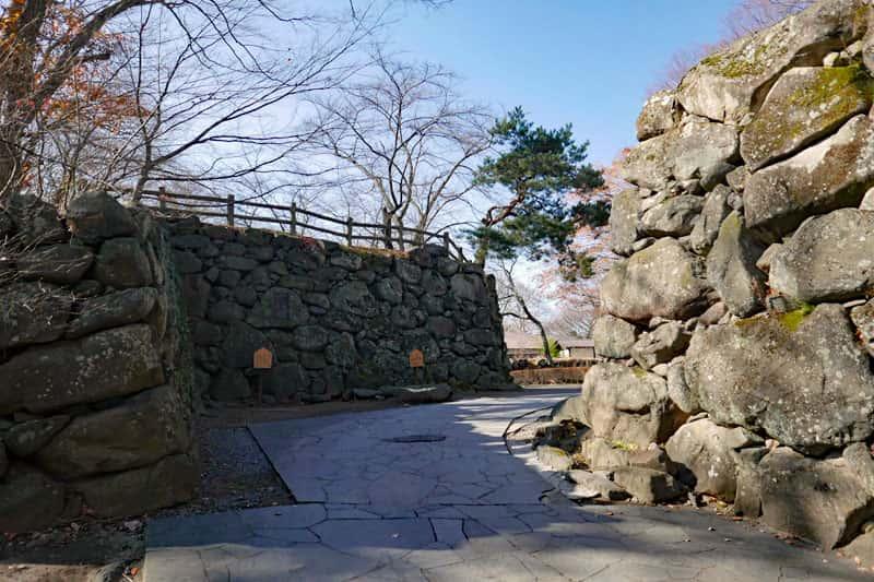 小諸城二の門跡