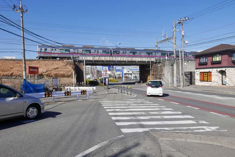 京成線ガード